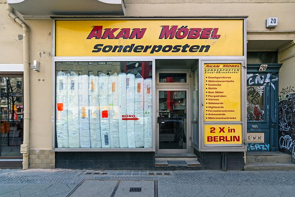 http://florianthein.de/files/gimgs/th-16_AKAN-MÖBEL-Sonderposten.jpg
